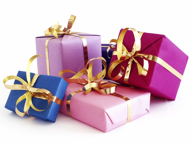 be financially smart when it comes to buying presents this festive