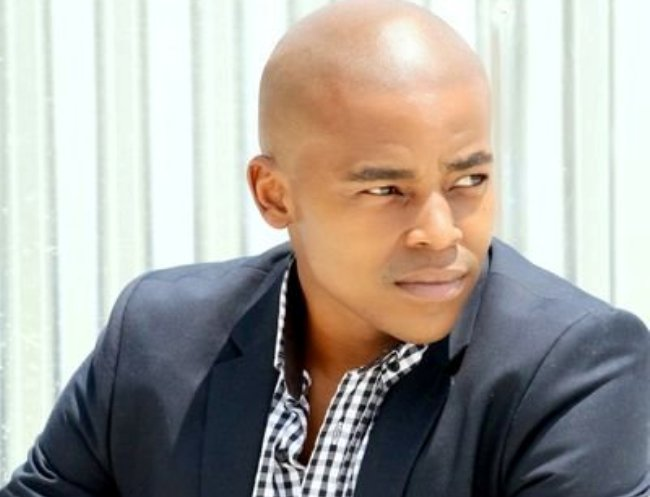 Loyiso Macdonald Tells An Inquisitive Follower Off Youth