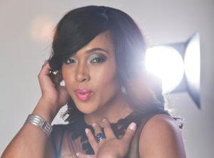 Simz sing 300x222 - Watch: Simphiwe Ngema Shows Off Her Impressive Vocals