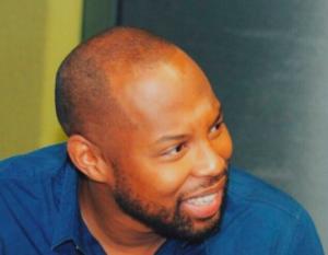 Sizwe 1 300x233 - Ouch: Sizwe Dhlomo Calls Vusi Thembekwayo An Idiot