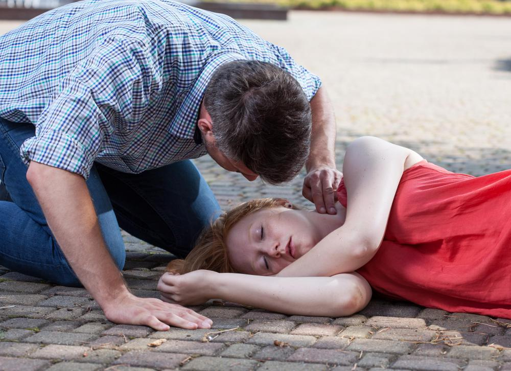 Recognizing Seizures And Assisting A Person When A Seizure ...